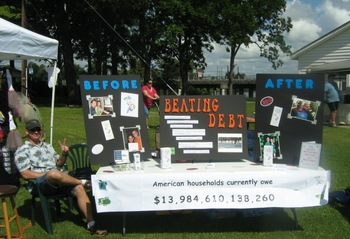 Joe showing off our display at MomFest '08