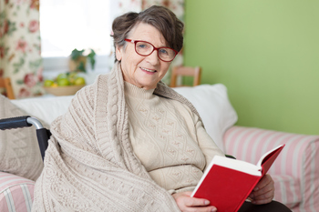 Seniorreader.jpg