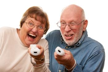 Seniors%20playing%20wii.jpg