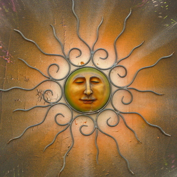 Here comes the sun ♫dee dah doo dah♫