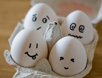 Smiley Egg Head
